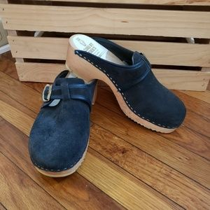 Ugglebo Clogs by Eskil's Orthopedic Clogs Dk Gray